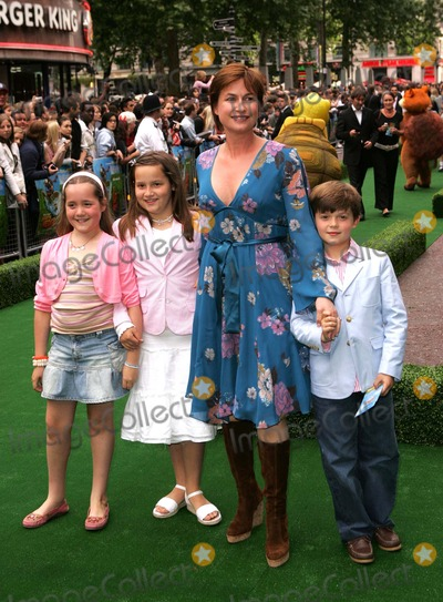 Emma Forbes Photo - London Emma Forbes and children attending the premiere of the film Over The Hedge held at the Vue West End cinema in Leicester Square22 June 2006Paulo PirezLandmark Media