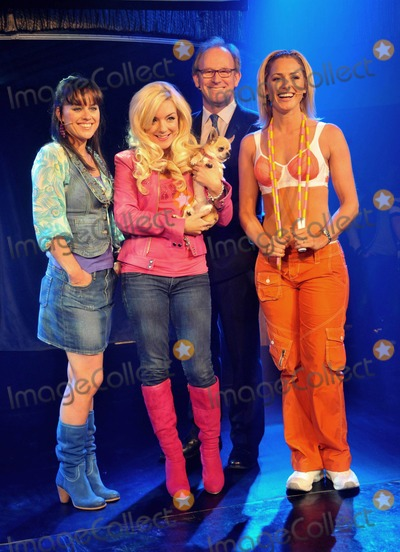 Peter Davidson Photo - London UK  Sheridan Smith and dog with Jill Halfpenny Peter Davidson and Susan Mcfadden at the Legally Blonde The Musical  launch event at Cafe de Paris 30 September 2009Andy LomaxLandmark Media