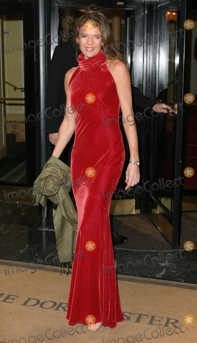 Annabelle Croft Photo - London Annabel Croft at the Rainbow Ball Dorchester Hotel London 19th November 2004 Paolo PirezLandmark Media