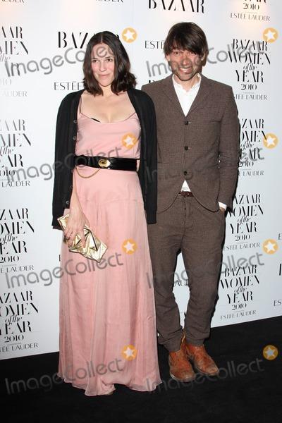 Alex James Photo - London UK Alex James and Claire Neate at the Harpers Bazaar Women of the Year Awards at One Mayfair 1st November 2010Keith MayhewLandmark Media