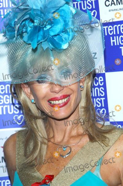 Sally Farmiloe Photo - London UK Sally Farmiloe  at the Terrence Higgins Trust Supper Club  Caf de Paris London 28th October 2008 Chris JosephLandmark Media