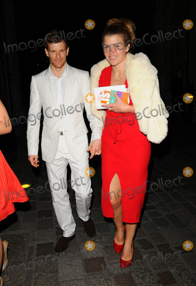Tom Aikens Photo - London UK  Tom Aikens and Amber Aikens (Amber Nuttall) at the Royal Academy Summer Exhibition Launch Party held at the Royal Academy in central London UK 4 June 2008 Ref   Can NgyuenLandmark Media