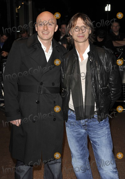 Justin Kerrigan Photo - LondonUK Director Justin Kerrigan and  Robert Carlyle  at the world premiere of their  film I Know You Know  Odeon West End London Film Festival 25th October 2008 Can NguyenLandmark Media