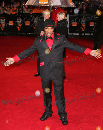 Asher D Photo - London Ashley Walters (Asher D from  So Solid Crew) at the British Academy of Film and Television Arts (BAFTA) Awards held at The Odeon Cinema Leicester Square19 February 2006Keith MayhewLandmark Media