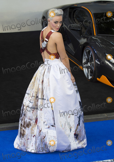 Hatty Keane Photo - London UK  Hatty Keane  at Transformers The Last Knight - Global Film Premiere at Leicester Square London on Sunday June 18th 2017Ref LMK386-J464-190617Gary MitchellLandmark MediaWWWLMKMEDIACOM