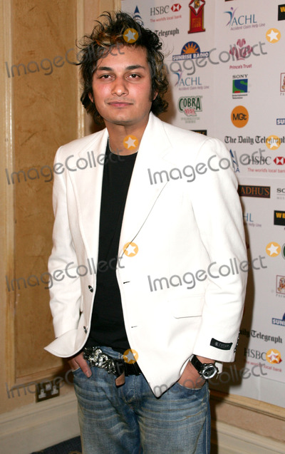 Raghav Photo - London Raghav at the Sony Entertainment Television Asian Sports Personality of the Year Awards at the Hilton Hotel Park Lane04 February 2006Keith MayhewLandmark Media