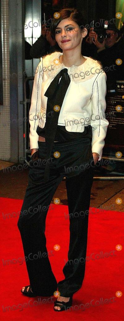 Audrey Tautou Photo - London Audrey Tautou at the UK premiere of her film  Un Long dimanche de fiancailles (A Very Long Engagement) 10th January 2005Paul AshbyLandmark Media