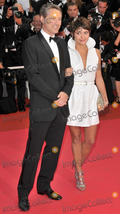 Antoine De Caune Photo - CannesFrance Antoine de Caunes and Emma at the  premiere of Changeling at the 61st Cannes Film Festival   20th May 2008 SydLandmark Media