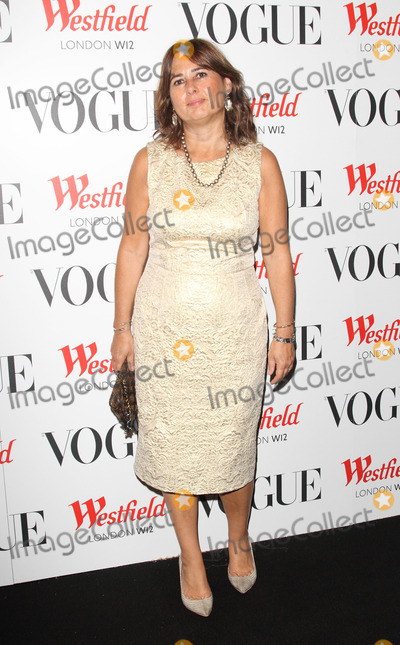 Alexandra Shulman Photo - London UK  Alexandra Shulman at the Westfield 5th birthday celebrations with a Vogue pop-up party held at Westfield Shopping Centre London30th  October 2013 RefLMK73-45601-311013 Keith MayhewLandmark MediaWWWLMKMEDIACOM