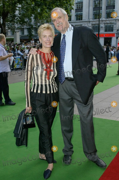 Alice Faye Photo - London John Cleese  and wife Alice Faye Eichelberger  at the London premiere of Shrek 2  at the UCI Empire in Leicester Square The actor has lent his voice to the characterof the King  28th June 2004  PICTURES BY AXEL