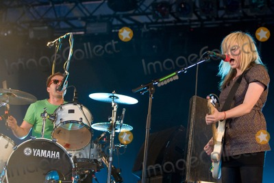 The Ting Tings Photo - Leeds Yorkshire UK The Ting Tings performs on stage at the Leeds Musical Festival Day 3 24th August 2008Neil LupinLandmark Media