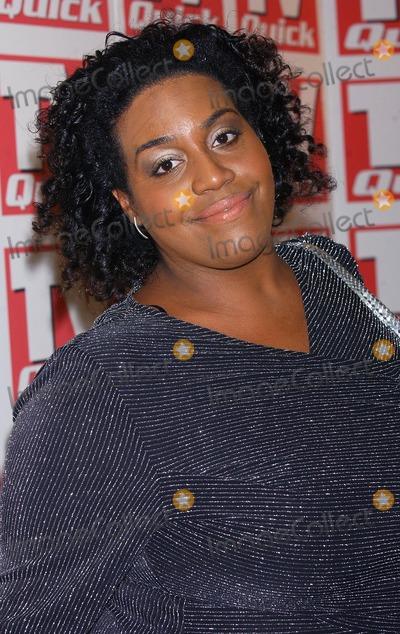 Alison Hammond Photo - London Alison Hammond at the TV Quick Awards 2004 at the Dorchester Hotel6 September 2004Eric BestLandmark Media