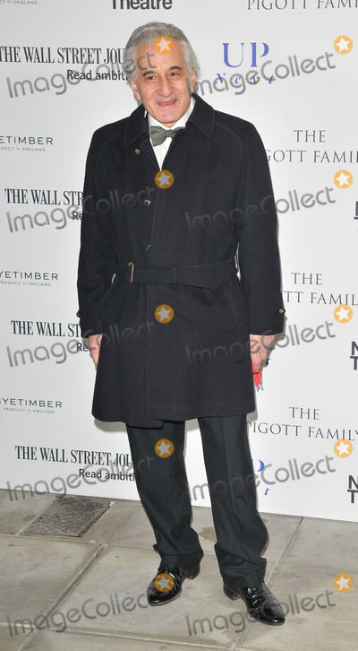 Henry Goodman Photo - London UK Henry Goodman at the National Theatres Up Next annual gala event Olivier Theatre National Theatre South Bank London England UK on Tuesday 07 March 2017Ref LMK315-63086-080317Can NguyenLandmark MediaWWWLMKMEDIACOM