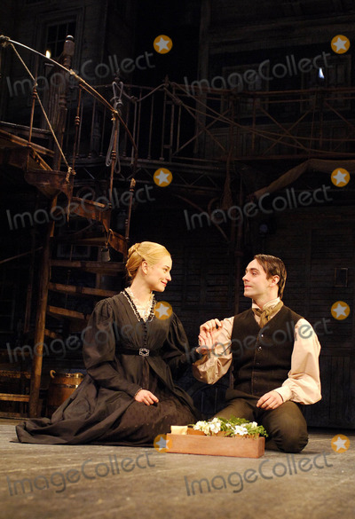 Hannah Yelland Photo - London UK Hannah Yelland and David Dawson in a scene from Nicholas Nickleby at the Gielgud Theatre on Shaftesbury Avenue in London06 December 2007Ali KadinskyLandmark Media