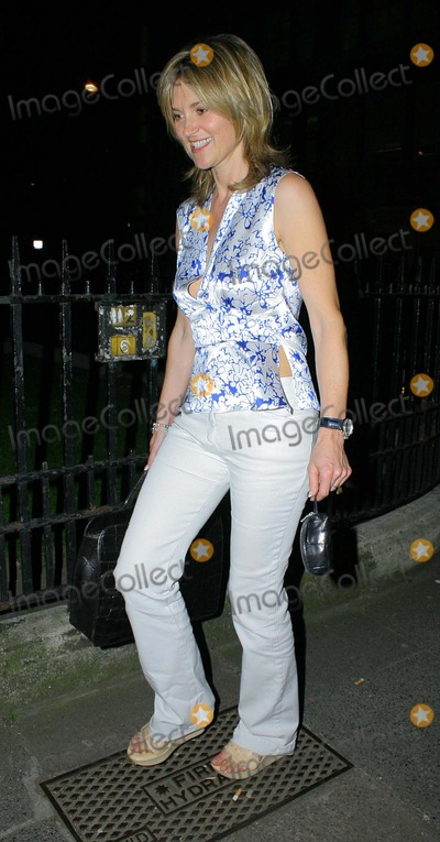 Anthea Turner Photo - London Anthea Turner at the Cosmopolitan Naked Male Centerfold Party19 May 2004ROMANLANDMARK MEDIA