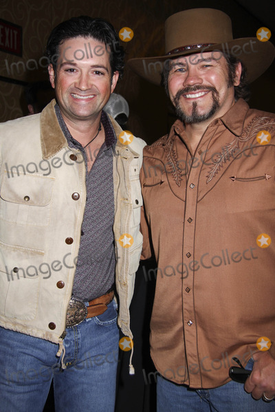 Tracy Byrd Photo - Las Vegas NV USA Tracy Byrd and Buddy Jewell at the Las Vegas Hilton Celebrity Poker Tournament Benefiting T J Martell Foundation held at Las Vegas Hilton 11th December 2007PRNLandmark Media