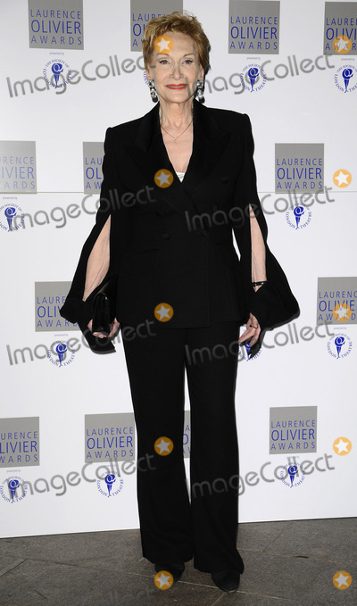 Sian Phillips Photo - London UK Sian Phillips at the Laurence Olivier Awards held at the Grosvenor House Hotel on Park Lane08 March 2009Can NguyenLandmark Media