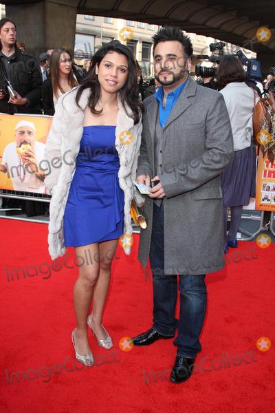 Ameet Chana Photo - LondonUK Ameet Chana  and guest  at the World Premiere of the film comedy The Infidel Hammersmith Apollo London 8th April 2010 Keith MayhewLandmark Media