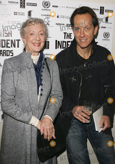 Thelma Barlow Photo - London UK Thelma Barlow from Coronation Street with Richard E Grant  at a photocall to announce the nominees for  the British Independent Film Awards in November 2005 at the Bar 1920 Soho House in London  Barlow has been nominated for her role in Mrs Henderson Presents whilst Grant has been nominated as director for his film Wah-Wah  25th October 2005 Keith MayhewLandmark Media