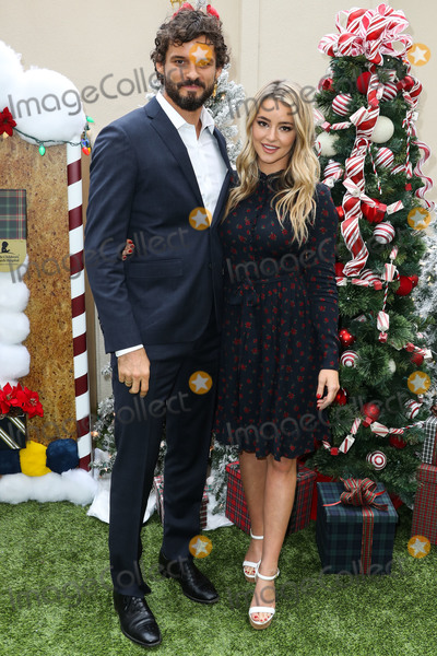 Austin Nichols Photo - BEVERLY HILLS LOS ANGELES CA USA - DECEMBER 09 Austin Nichols and Hassie Harrison arrive at the Brooks Brothers Annual Holiday Celebration In Los Angeles To Benefit St Jude 2018 held at the Beverly Wilshire Four Seasons Hotel on December 9 2018 in Beverly Hills Los Angeles California United States (Photo by Xavier CollinImage Press Agency)