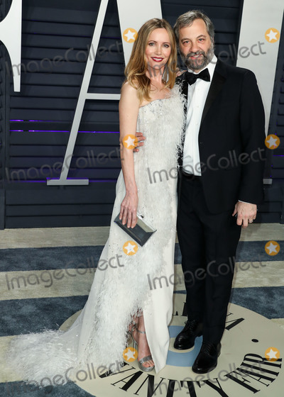 Judd Apatow Photo - BEVERLY HILLS LOS ANGELES CA USA - FEBRUARY 24 Leslie Mann and husband Judd Apatow arrive at the 2019 Vanity Fair Oscar Party held at the Wallis Annenberg Center for the Performing Arts on February 24 2019 in Beverly Hills Los Angeles California United States (Photo by Xavier CollinImage Press Agency)