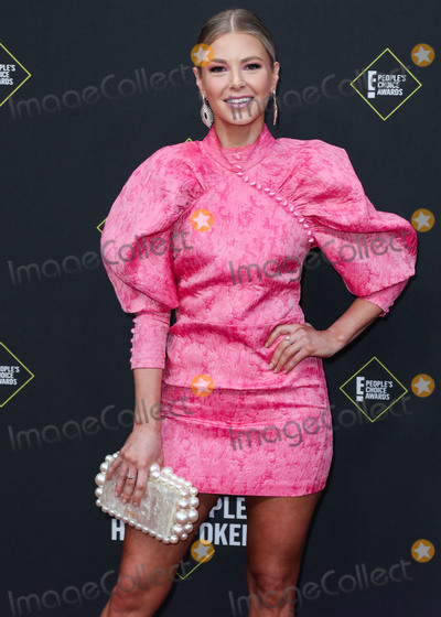 Ariana Madix Photo - SANTA MONICA LOS ANGELES CALIFORNIA USA - NOVEMBER 10 Ariana Madix arrives at the 2019 E Peoples Choice Awards held at Barker Hangar on November 10 2019 in Santa Monica Los Angeles California United States (Photo by Xavier CollinImage Press Agency)