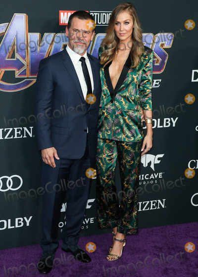 Josh Brolin Photo - LOS ANGELES CALIFORNIA USA - APRIL 22 Josh Brolin and Kathryn Boyd arrive at the World Premiere Of Walt Disney Studios Motion Pictures and Marvel Studios Avengers Endgame held at the Los Angeles Convention Center on April 22 2019 in Los Angeles California United States (Photo by Xavier CollinImage Press Agency)