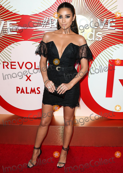 Shay Mitchell Photo - LAS VEGAS NV USA - NOVEMBER 09 Shay Mitchell at the 2nd Annual REVOLVEawards held at the Palms Casino Resort on November 9 2018 in Las Vegas Nevada United States (Photo by Xavier CollinImage Press Agency)