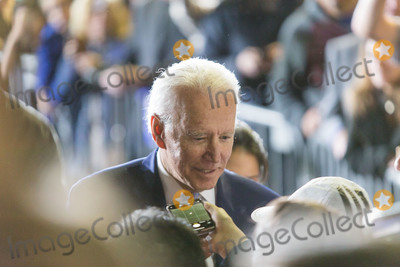 Joe Biden Photo - BALDWIN HILLS LOS ANGELES CALIFORNIA USA - MARCH 03 Former Vice President Joe Biden 2020 Democratic presidential candidate takes a selfie photograph with an attendee during his Super Tuesday Los Angeles Rally held at the Baldwin Hills Recreation Center on March 3 2020 in Baldwin Hills Los Angeles California United States (Photo by Rudy TorresImage Press Agency)