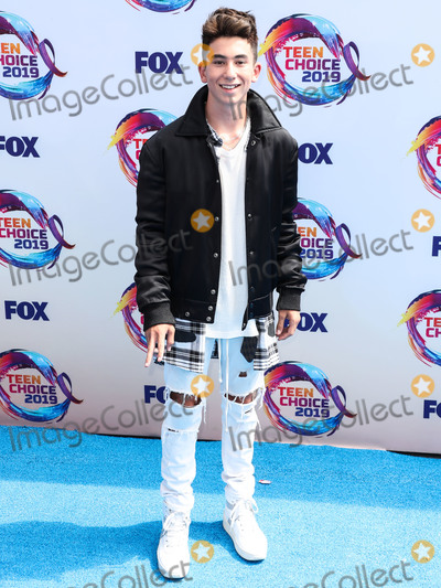 Adam Cohen Photo - HERMOSA BEACH LOS ANGELES CALIFORNIA USA - AUGUST 11 Adam Cohen arrives at FOXs Teen Choice Awards 2019 held at the Hermosa Beach Pier Plaza on August 11 2019 in Hermosa Beach Los Angeles California United States (Photo by Xavier CollinImage Press Agency)