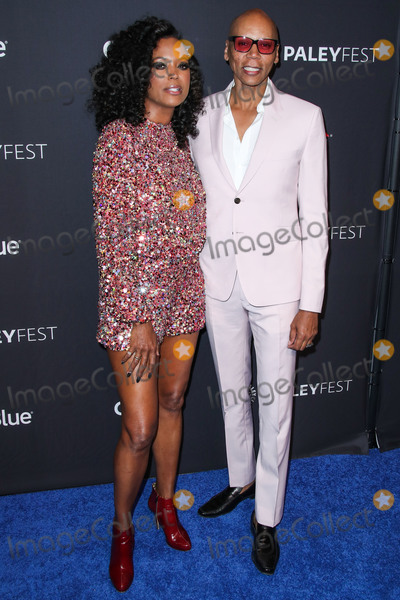 Aisha Tyler Photo - HOLLYWOOD LOS ANGELES CA USA - MARCH 17 Actress Aisha Tyler and drag queen RuPaul Andre Charles arrive at the 2019 PaleyFest LA - VH1s RuPauls Drag Race held at the Dolby Theatre on March 17 2019 in Hollywood Los Angeles California United States (Photo by Xavier CollinImage Press Agency)