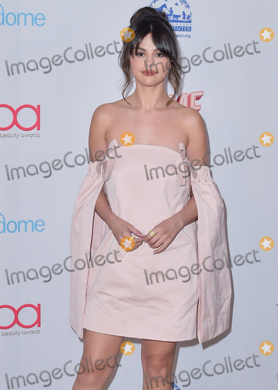 Selena Gomez Photo - HOLLYWOOD LOS ANGELES CALIFORNIA USA - FEBRUARY 06 Singer Selena Gomez arrives at the 2020 Hollywood Beauty Awards held at the Taglyan Complex on February 6 2020 in Hollywood Los Angeles California United States (Photo by Image Press Agency)