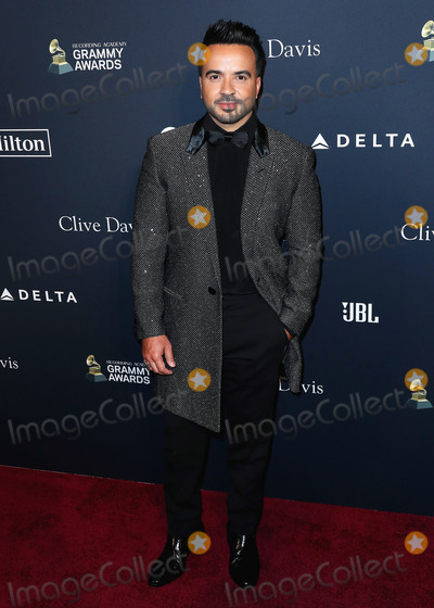 Clive Davis Photo - BEVERLY HILLS LOS ANGELES CALIFORNIA USA - JANUARY 25 Luis Fonsi arrives at The Recording Academy And Clive Davis 2020 Pre-GRAMMY Gala held at The Beverly Hilton Hotel on January 25 2020 in Beverly Hills Los Angeles California United States (Photo by Xavier CollinImage Press Agency)