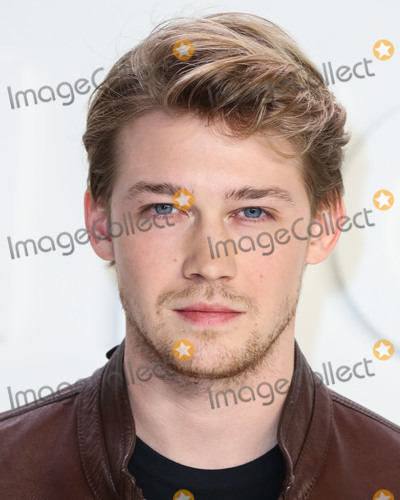 Joe Corr Photo - HOLLYWOOD LOS ANGELES CALIFORNIA USA - FEBRUARY 07 Joe Alwyn arrives at the Tom Ford AutumnWinter 2020 Fashion Show held at Milk Studios on February 7 2020 in Hollywood Los Angeles California United States (Photo by Xavier CollinImage Press Agency)