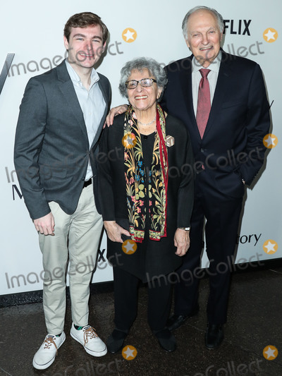 Alan Alda Photo - WEST HOLLYWOOD LOS ANGELES CALIFORNIA USA - NOVEMBER 05 Jake Alda Coffey Arlene Alda and Alan Alda arrive at the Los Angeles Premiere Of Netflixs Marriage Story held at the Directors Guild of America Theater on November 5 2019 in West Hollywood Los Angeles California United States (Photo by Xavier CollinImage Press Agency)