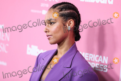 Alicia Keys Photo - HOLLYWOOD LOS ANGELES CALIFORNIA USA - DECEMBER 12 Singer Alicia Keys wearing Prabal Gurung arrives at the 2019 Billboard Women In Music Presented By YouTube Music held at the Hollywood Palladium on December 12 2019 in Hollywood Los Angeles California United States (Photo by Xavier CollinImage Press Agency)