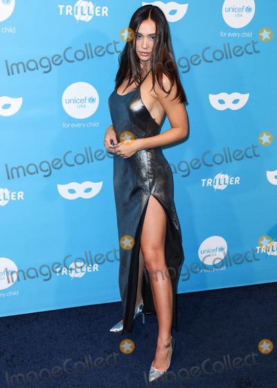 Alexis Ren Photo - WEST HOLLYWOOD LOS ANGELES CALIFORNIA USA - OCTOBER 26 Alexis Ren arrives at the 7th Annual UNICEF Masquerade Ball 2019 held at the Kimpton La Peer Hotel on October 26 2019 in West Hollywood Los Angeles California United States (Photo by Xavier CollinImage Press Agency)