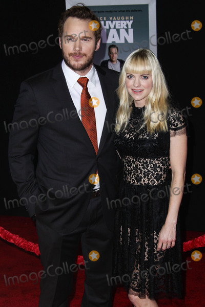 Dolce and Gabbana Photo - (FILE) Chris Pratt and Anna Faris Divorce Settlement Details Revealed The details of the divorce settlement between Chris Pratt and Anna Faris are coming to light The two who obtained a private judge to work out the deal reportedly signed off on the deal on Wednesday (November 7 2018) according to TMZ According to the documents they have agreed to live no more than five miles apart for about the next five years This deal was made so that the two parents stay in place until their six-year-old son Jack completes the sixth grade HOLLYWOOD LOS ANGELES CA USA - NOVEMBER 03 Actors Chris Pratt and Anna Faris (wearing a Dolce and Gabbana dress Christian Louboutin shoes and Irene Neuwirth jewels) arrive at the Los Angeles Premiere Of DreamWorks Pictures Delivery Man held at the El Capitan Theatre on November 3 2013 in Hollywood Los Angeles California United States (Photo by Xavier CollinImage Press Agency)
