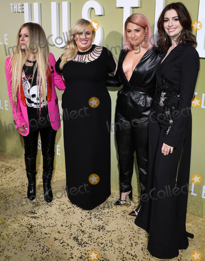 Rebel Wilson Photo - HOLLYWOOD LOS ANGELES CALIFORNIA USA - MAY 08 Avril Lavigne Rebel Wilson Meghan Trainor and Anne Hathaway arrive at the Los Angeles Premiere Of MGMs The Hustle held at ArcLight Cinerama Dome on May 8 2019 in Hollywood Los Angeles California United States (Photo by David AcostaImage Press Agency)