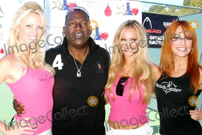 Aubrie Lemon Photo - Racquet Rumble Tennis Tournament 2006 Riviera Tennis Club Pacific Palisades CA 09-17-2006 Randy Jackson- with Benchwarmer Models- L-r-aubrie Lemon Randy Jackson Model  Lisa Lakatos Photo Clinton H Wallace-photomundo-Globe Photos Inc