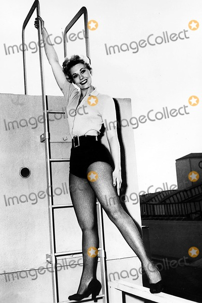 Kim Novak Photo - Kim Novak Supplied by Globe Photos Inc Kimnovakretro