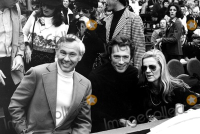 Johnny Carson Photo - Johnny Carson Clint Eastwood and His Wife at Jimmy Connors Tennis Tournament in Las Vegas 27727 Sondra BrasciaGlobe Photos Inc Clinteastwoodretro