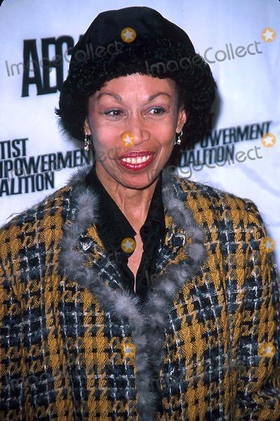 Altovise Davis Photo - Ascap Aec Artist Celebration and Grammy Brunch at the Hilton Hotel New York City 02232003 Photo John Zissel  Ipol Globe Photos Inc G 2003 Altovise Davis