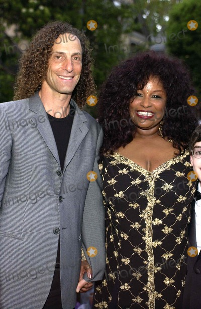 Kenny G Photo - K43379VGCHAKA KHAN 2ND ANNUAL GALA DINNER TO BENEFIT THE CHAKA KHAN FOUNDATION   IN BEVERLY HILLS CALIFORNIA  05-21-2005THE CHAKA KHAN FOUNDATION LAST YEAR ALONE RAISED 14 MILLION THROUGH EFFORTS  THE FOUNDATION HELPS WOMEN AND CHILDREN AT RISK AND BENEFITS AUTISM RESEARCH AWARNESS AND THERAPY PHOTO BY VALERIE GOODLOE-GLOBE PHOTOS INC  2005 CHAKA KHAN AND KENNY G
