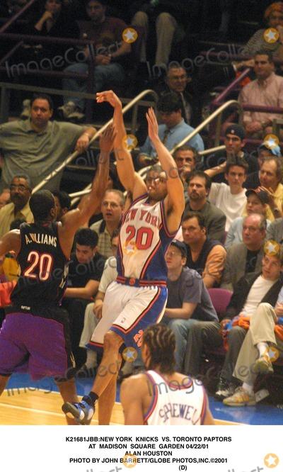 Allan Houston Photo - new York Knicks Vs Toronto Paptors at Madison Square Garden 042201 Alan Houston Photo by John BarrettGlobe Photosinc2001 (D)
