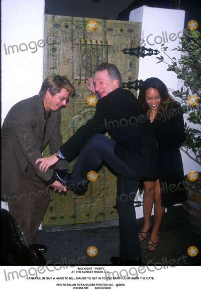 Bill Maher Photo - Big Night  Party at the Sunset Room LA Kate Kaelin Give a Hand to Bill Maher to Get in to the Party-jump Over the Gate Photomilan RybaGlobe Photos Inc  2000 K20356 Mr Sdiiio