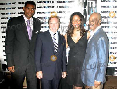 Aaron Davies Photo - the 5th Annual Gala Awards Ceremony For the  National Black Sports and Entertainment Hall of Fame  at the Aaron Davis Hall in Harlem  New York City 08-30-2005 Photo Byrick Mackler-rangefinders-Globe Photos 2005 Alan Houston and Tommy Hilfiger