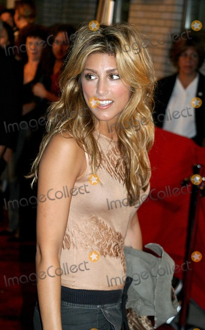 Jennifer Esposito Pictures And Photos