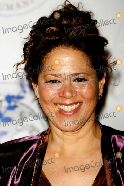 Anna  DEAVERE Smith Photo - The Elie Wiesel Foundation For Humanity Award Dinner at Waldorf Astoria Hotel Date 05-20-07 Photos by John Barrett-Globe Photosinc Anna Deavere Smith