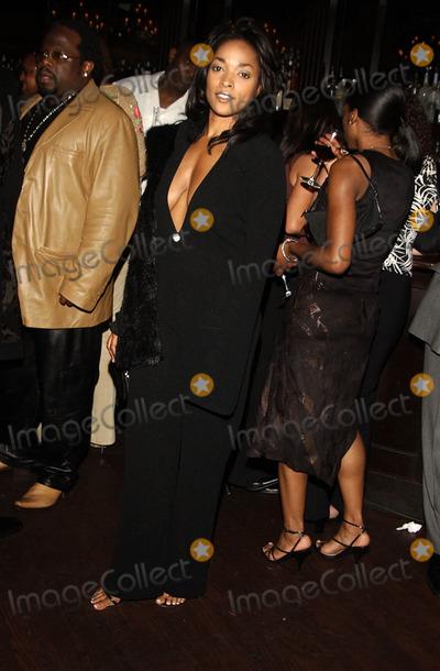 Kellita Smith Photo - Sd03272002 Party For Denzel Washington at the Sunset Room Los Angeles CA Photo Amy Graves Globe Photos Inc 2002 Exclusive Kellita Smith